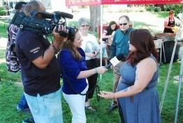 Image of MCM's Sonya Burke interviewing singer/songwriter Erin Willett at the Gaithersburg Book Festival