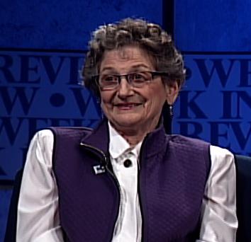 Elaine Apter