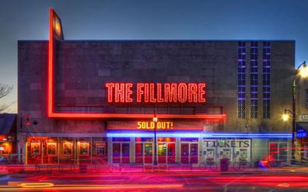 photo Fillmore at night