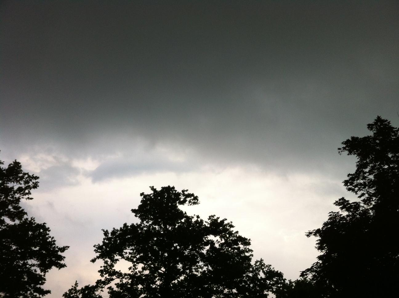 photo storm clouds