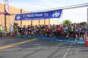 photo of start of Pike's Peek 10K 2013 race