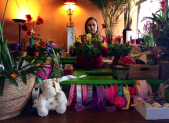Florists prepare for Mother Day  for slider 450x280