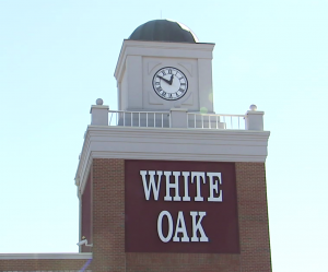 photo of White Oak Shopping Center sign