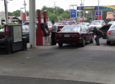 Simulated gas station theft