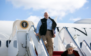 Alan Gross arrives at Joint Base Andrews, Md., Dec. 17, 2014. Gross spent 5 years as a prisoner in Cuba. (Official White House Photo by Lawrence Jackson)