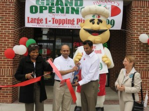(l:r) Catherine Matthews, Montgomery County Upcounty Regional Service Center; Rizwan Bhopal, General Manager, Paisano's Germantown; Neil Shah, Owner, Paisano's Germantown and Marilyn Balcombe, Executive Director, GGCC; at the Gaithersburg-Germantown Chamber conducted Ribbon Cutting Ceremony for Paisano's Pizza in Germantown on April 27, 2015.  (photo credit: Laura Rowles, GGCC Director of Events & Marketing)