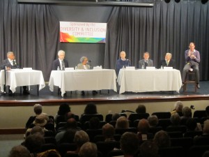"""A distinguished panel discusses issues of race at the first of a four-part series on """"Breaking Barriers"""" at Riderwood retirement community."""
